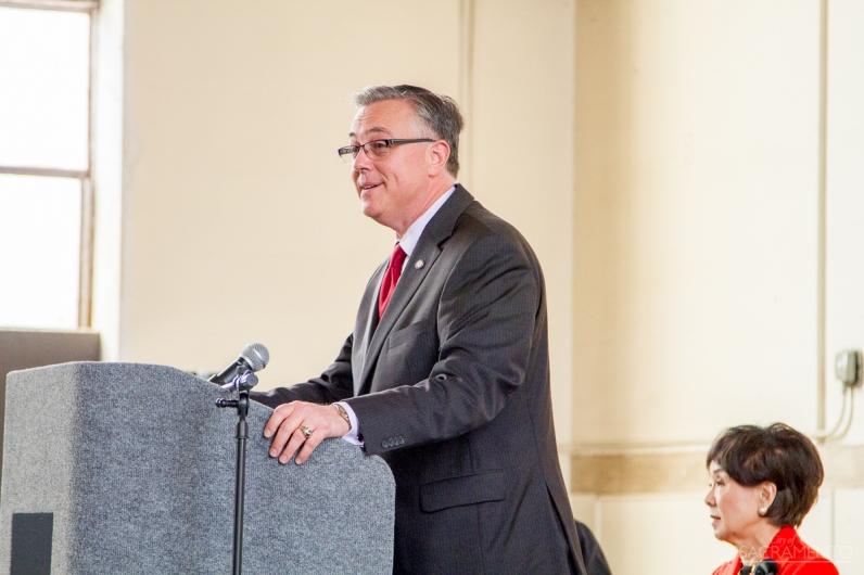 Federal Railroad Administrator Joseph C. Szabo speaks to the crowd.