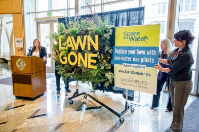 Mayor Pro Tem Angelique Ashby speaks on the importance of drought resistant plants